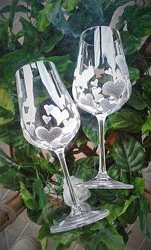 Darčeky pre svadobčanov - Svadobné poháre Heart Silver - 9382091_