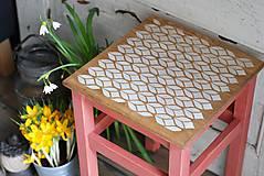 Nábytok - Vidiecky stolček no.1 - 9383556_