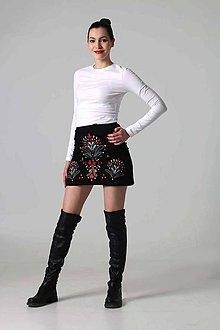 Sukne - Mini sukňa vyšívaná - 9388244_