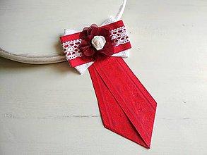 Odznaky/Brošne - Dámska kravata/brošňa pod golier...Folklórna červeno-biela - 9387207_