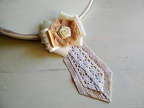 Odznaky/Brošne - Dámska kravata/brošňa pod golier Svadobná...Luxury Ivory&Gold - 9389098_
