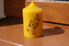 Svietidlá a sviečky - Sviečka s motýlikom - 9390105_