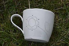 Nádoby - Madeirová porcelánová šálka na čaj (Kvietok) - 9388087_