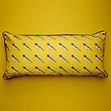 Úžitkový textil - Vankúš - malý vtáčik lastovička - 9387899_