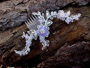 Ozdoby do vlasov - svadobný minihrebienok - Ivory + fialová - 9390665_
