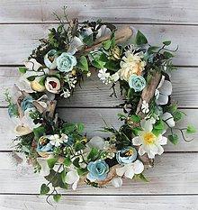 Dekorácie - Kvetinový veniec