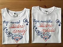 Maľované tričká pre mladomanželov s ľudovým motívom a nápismi :