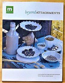 Návody a literatúra - Beyond Attachments - 9396788_