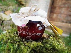 Darčeky pre svadobčanov - Gravírovaný pohárik, ríbezľový džem, ďakujeme so srdiečkami - 9399057_