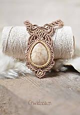Náhrdelníky - Makramé náhrdelník s koralovou fosíliou •Dotyk nehy• - 9397802_