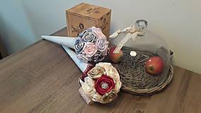 Dekorácie - Ruže v kornúte - 9403497_