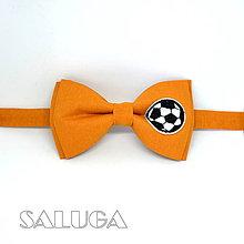 Doplnky - Pánsky horčicový motýlik - futbalista - 9402527_