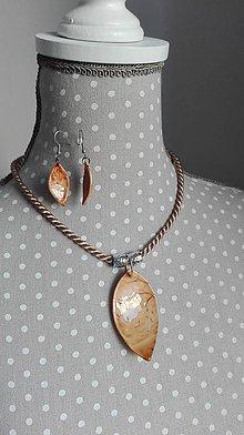 Sady šperkov - Zapínací náhrdelník s náušnicami - Lotos alebo kokos? :-) - 9404060_