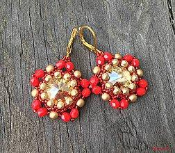 Náušnice - Výrazné červeno-zlaté Swarovski náušnice - 9403282_