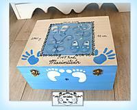 Krabica s údajmi o narodení dieťatka