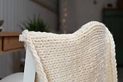Úžitkový textil - Pletená vlnená deka - prírodná - 9406012_