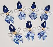 folklórne, ľudové pierka modré