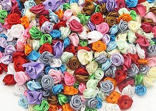 Galantéria - Saténové ružičky 1,5 cm - 9407631_