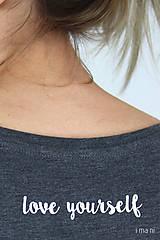 Tričká - Dámske tričko sivý melír kvet III - 9406501_