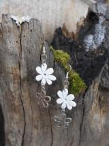 Náušnice - Biely kvet
