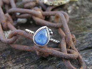 Prstene - Strieborny prsteň Ag925 Kyanit - 9409021_