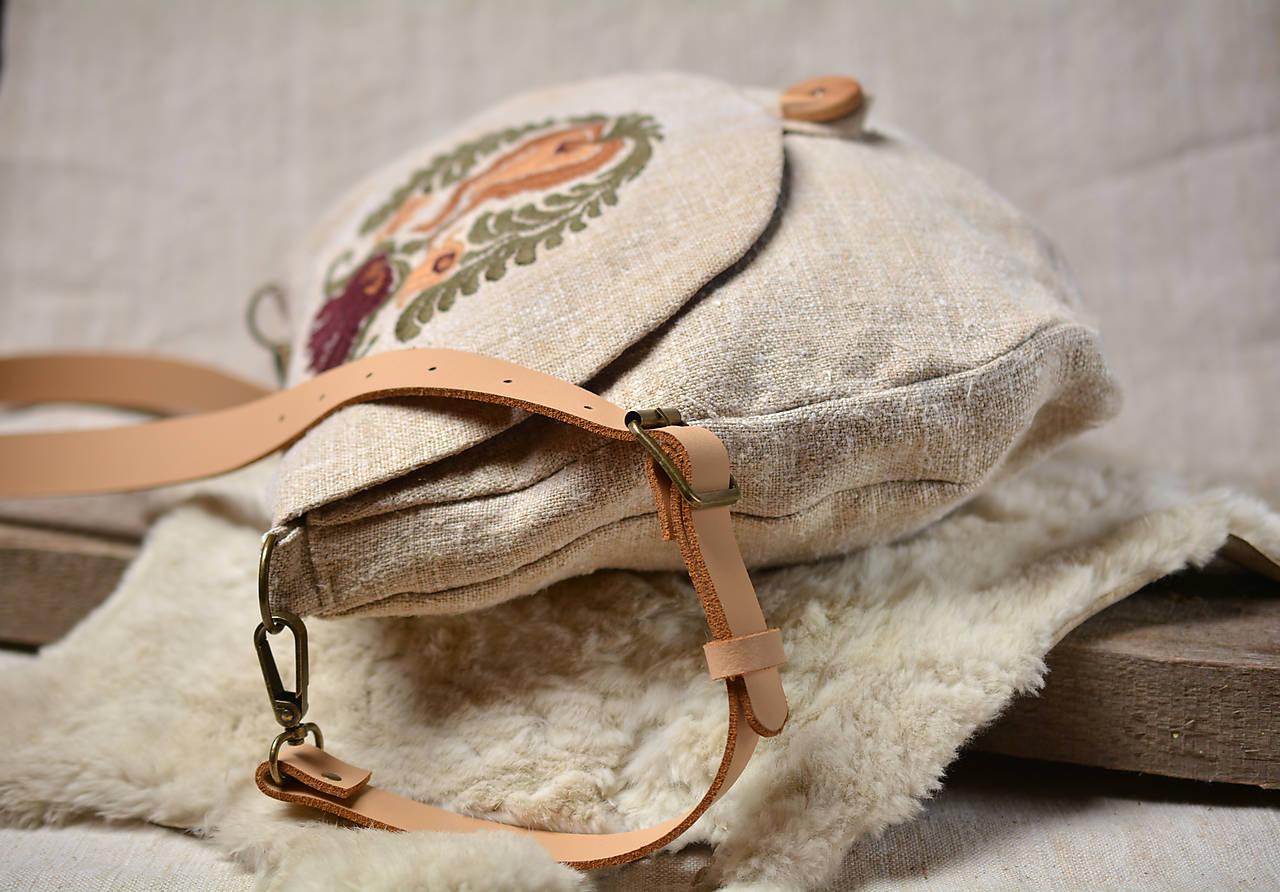 Konopná taška s ručnou výšivkou •Vesna•