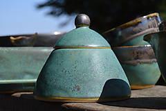 Nádoby - Dóza zelená, medienková :o)). - 9412413_