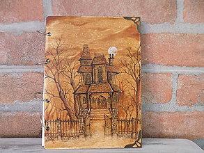 Nezaradené - Drevený záznamník - Haunted House - 9413821_