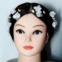 Ozdoby do vlasov - Girlanda s bielymi kvetmi - 9413483_