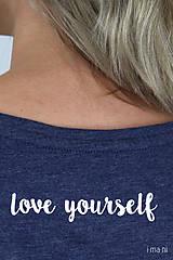 Tričká - Dámske tričko modrý melír kvet VI - 9412671_