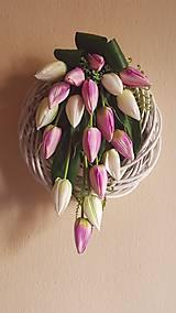 veniec s tulipánmi