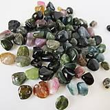Minerály - Turmalín multicolor korálka / nugety 10ks - 9416392_