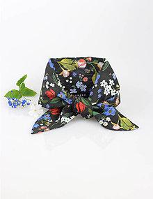 Šatky - Elegantná čierna kvetinová šatka pre pôvabné dámy