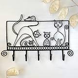 vešiak mačacia rodinka