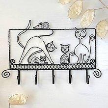 Pre zvieratká - vešiak mačacia rodinka - 9420610_