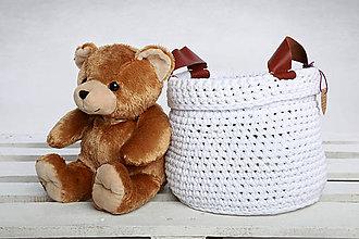 Košíky - Košik s koženými rúčkami (biely) - 9421348_