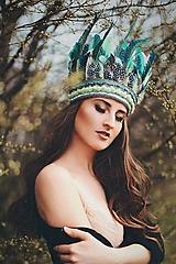 Ozdoby do vlasov - Mentolová boho čelenka z peria - 9421467_