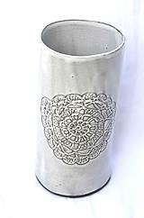Dekorácie - Keramická čipkovaná vysoká váza - 9420253_