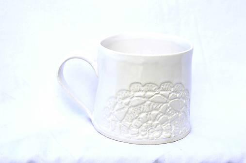 Čipkovaný pohár (Svetlá + Biela)