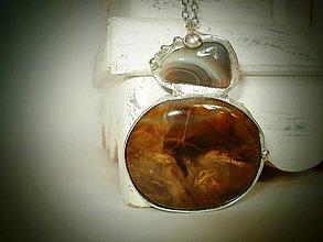 Náhrdelníky - Achát a skamenené drevo z kolekcie PURE - 9424580_