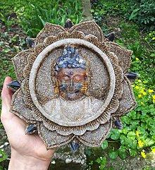 Dekorácie - Závesný BUDDHA mineral Ø 19 cm - 9422655_