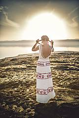 Šaty - zľava %Dlhé úzke vyšívané šaty Slavianka - 9421889_
