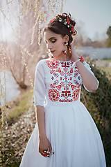 Šaty - Saténové vyšívané šaty Slavianka - 9422068_