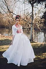 Šaty - Saténové vyšívané šaty Slavianka - 9422070_