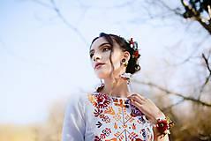 Šaty - Saténové vyšívané šaty Slavianka - 9422072_