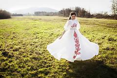 Šaty - Ľanové svadobné šaty Slavianka - 9422118_