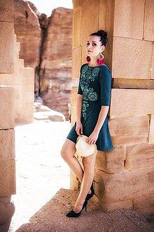 Šaty - Úpletové zelené šaty Slavianka (38) - 9422457_