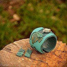 Náramky - Na tyrkysovej lúke - sada hodiniek a náušníc - 9424400_