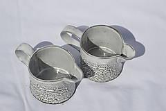 Nádoby - Čipokovaný keramický mliečnik - 9421829_