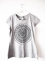 Tričká - Sivé tričko s čiernobielou mandalou - S - 9425991_